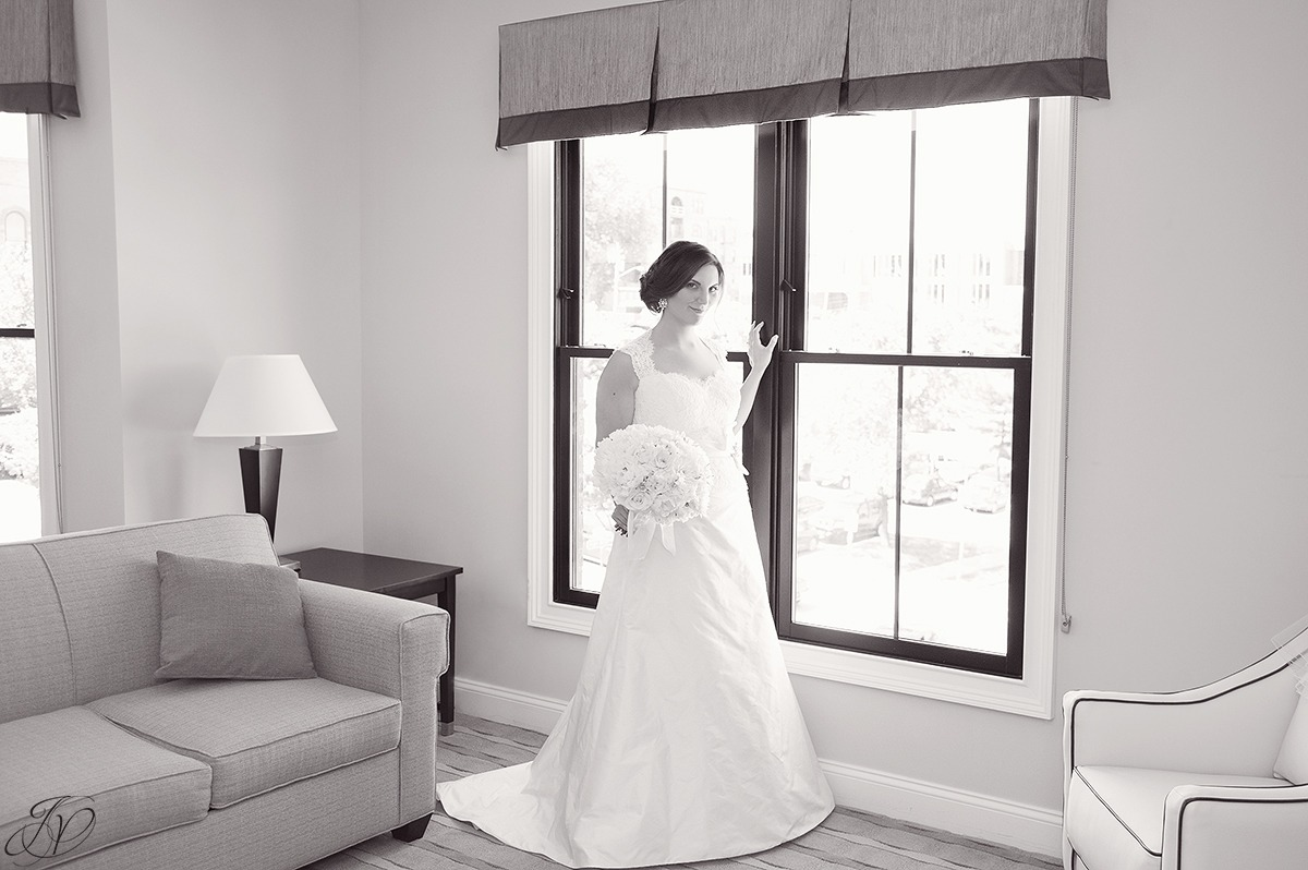 classic bridal black and white photo, jessica painter photography
