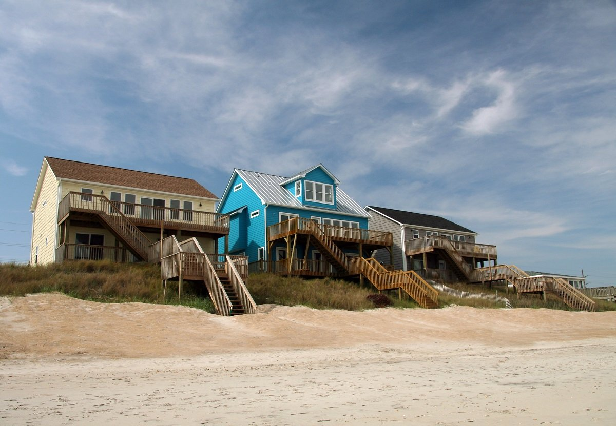 Miraculous Tips To Choosing The Perfect Beach House Rental Home Interior And Landscaping Elinuenasavecom