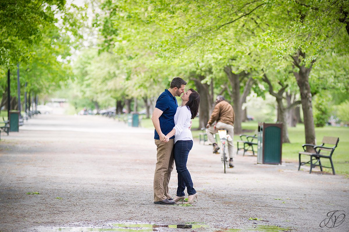 romantic photo of a couple in a park