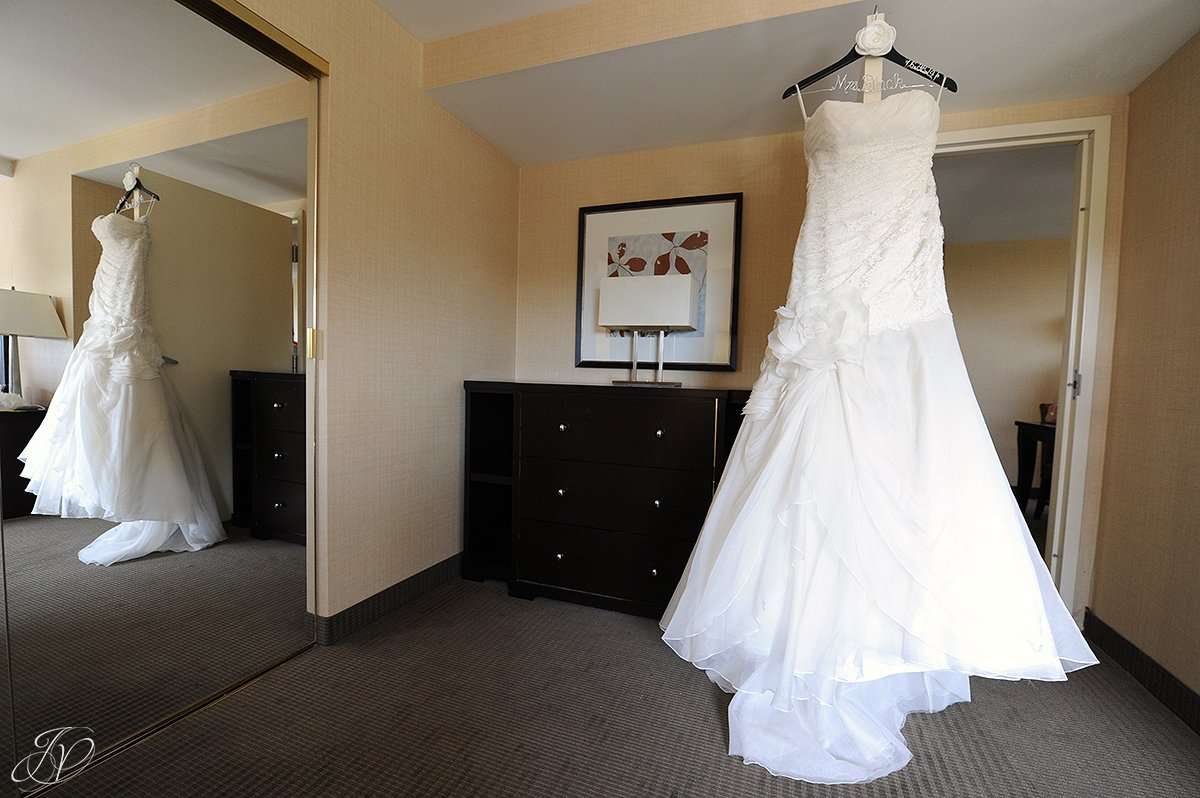 bridal gown, beautiful bridal gown