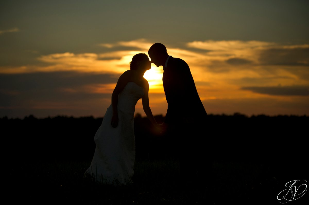Saratoga Wedding Photographer, upstate wedding photographer, outdoor wedding photo, kissing at sunset