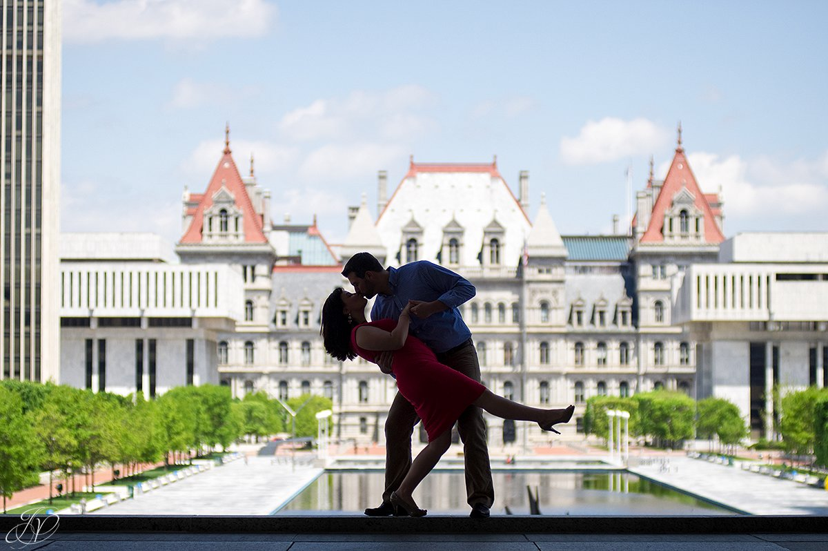 albany new york, silhouette photo, couple kissing, romantic albany photo
