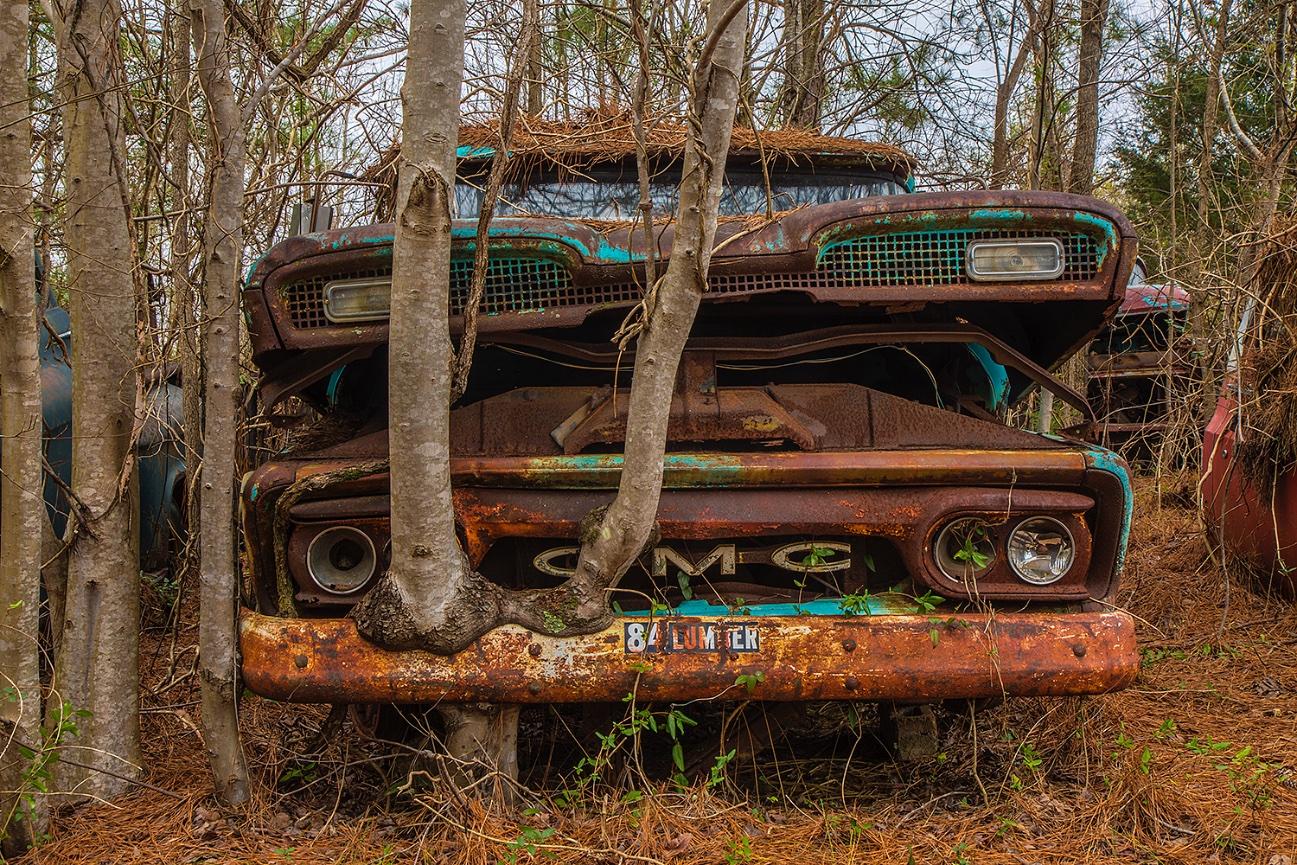 Junk cars - Jim Zuckerman Photography
