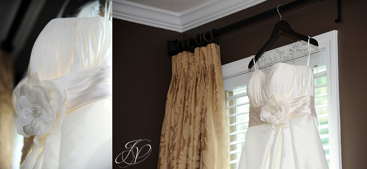 Mohawk River Country Club & Chateau, Saratoga Wedding Photographer, wedding dress details, wedding dress photo
